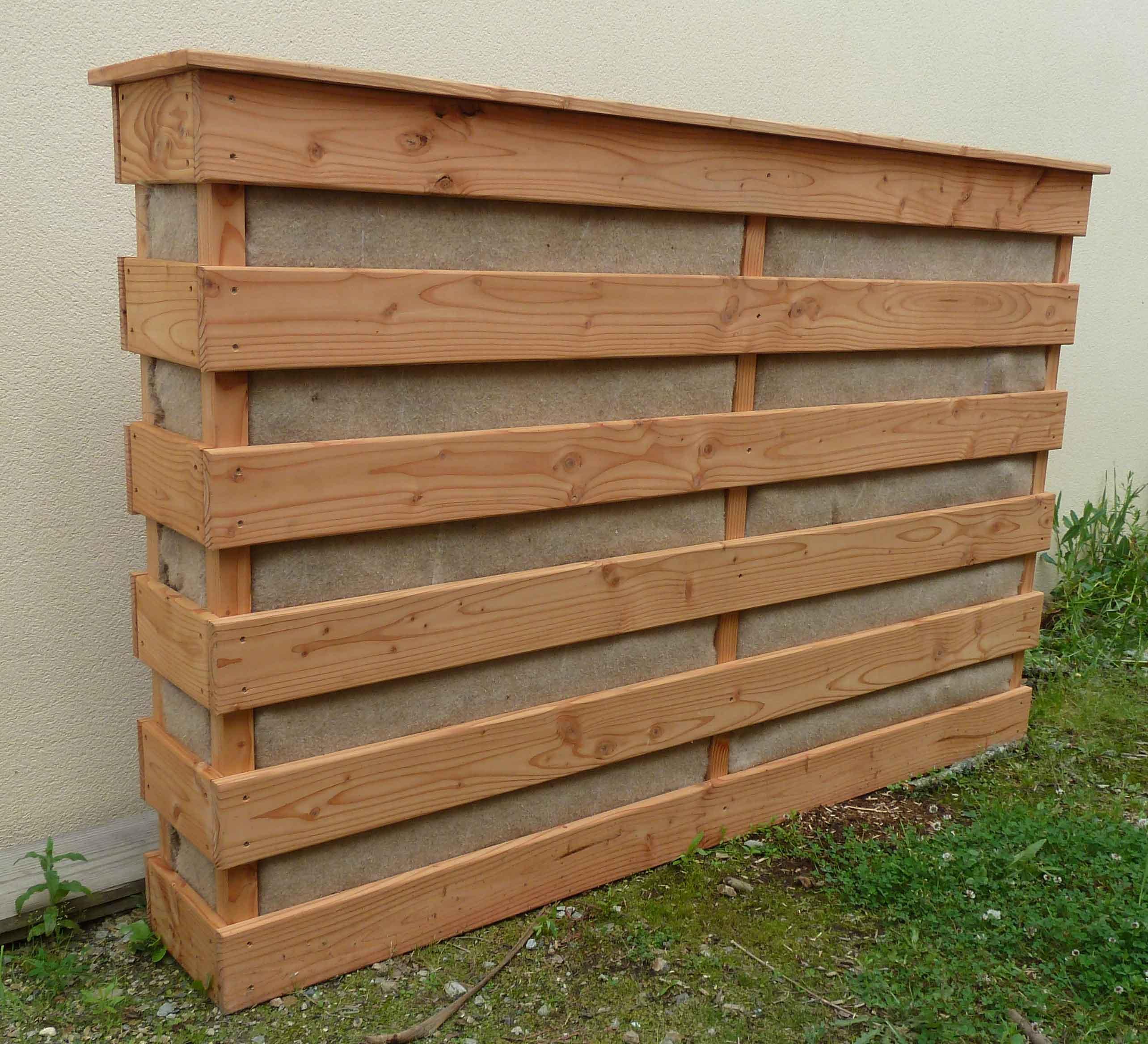 Potager vertical palette fabriquer une jardinire for Fabriquer un mur vegetal avec palette